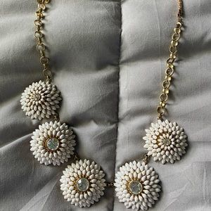 Ann Taylor white large floral necklace